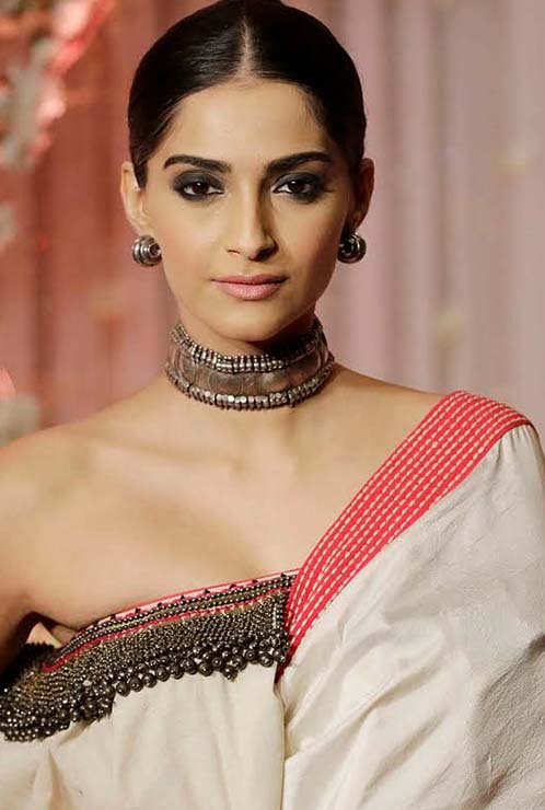 Sonam Kapoor Silver Jewellery, 5 Festive Ways to Wear Silver Jewellery