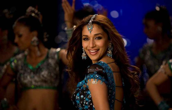 AAJA NACHLE, Bollywood Movies Based on Dance
